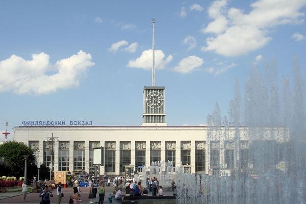 Заказать такси на Финляндский вокзал