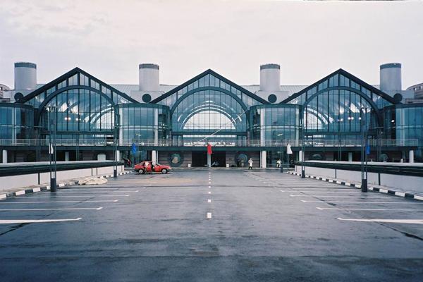 Заказать такси на Ладожский вокзал