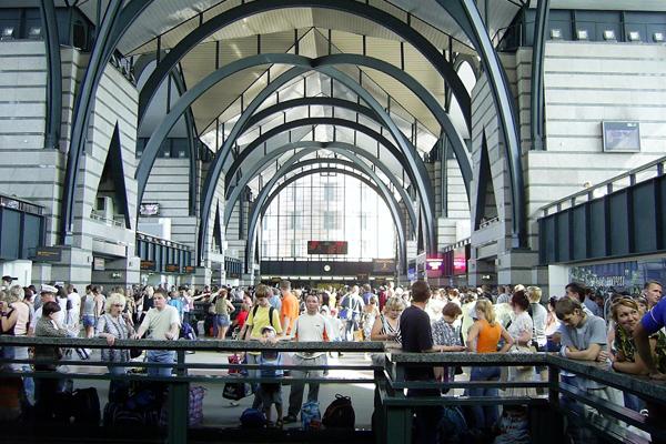 Ладожский вокзал. Такси на Ладожский вокзал