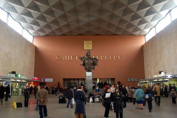 Московский вокзал. Такси на Московский вокзал