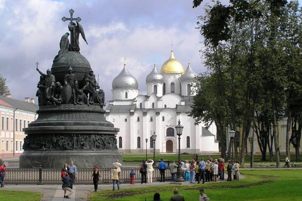 Великий Новгород. Такси из Санкт-Петербурга, в населенный пункт Великий Новгород